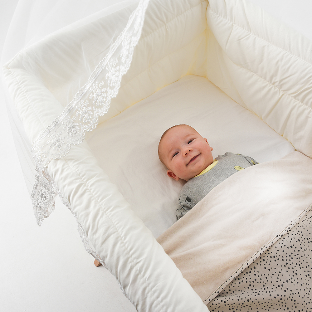 Shop het multifunctionele babywiegje van BabyRace hier! Co sleeper wieg & babybed in een!