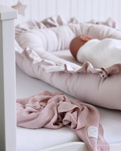 babydeken roze - inbakersdoek baby - wiegdeken roze - ledikantdeken roze