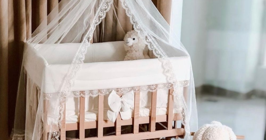 co sleeper wiegje, wieg baby, schommelwieg, babywieg, duurzaam wiegje BabyRace